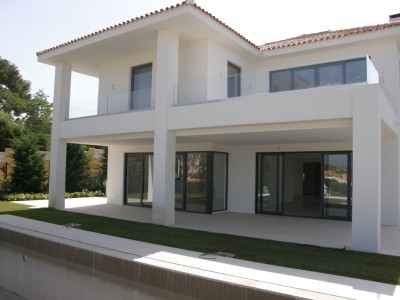 4 Bedroom Detached Villa in Artola