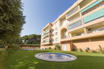 1 Bedroom Middle Floor Apartment in Nueva Andalucía