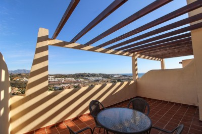 2 Bedroom Top Floor Apartment in La Cala de Mijas