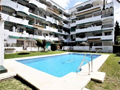2 Bedroom Middle Floor Apartment in Artola