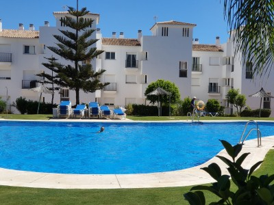 2 Bedroom Middle Floor Apartment in Manilva