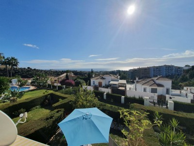 2 Bedroom Middle Floor Apartment in Calahonda