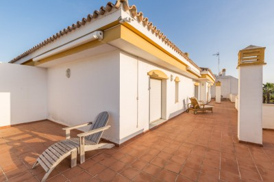 3 Bedroom Top Floor Apartment in Nueva Andalucía