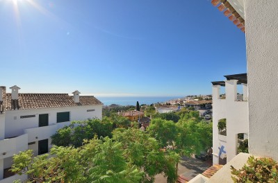 2 Bedroom Top Floor Apartment in Benalmadena Pueblo