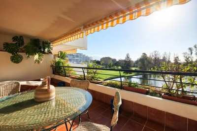4 Bedroom Middle Floor Apartment in Guadalmina Alta
