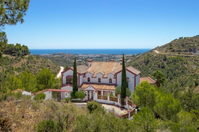 5 Bedroom Detached Villa in El Madroñal