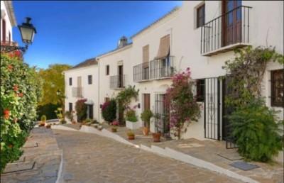 2 Bedroom Townhouse in Nueva Andalucía