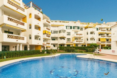 2 Bedroom Middle Floor Apartment in Benalmadena Costa