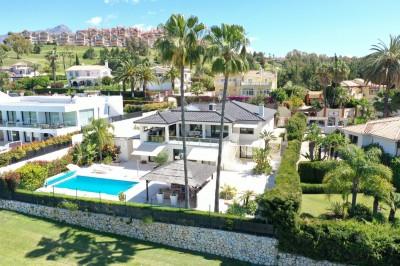 5 Bedroom Detached Villa in Nueva Andalucía
