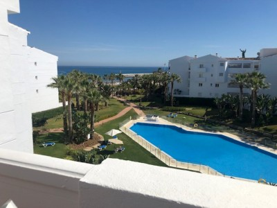 3 Bedroom Top Floor Apartment in Puerto Banús