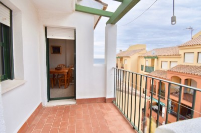 2 Bedroom Top Floor Apartment in Manilva