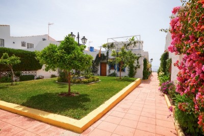3 Bedroom Semi-Detached House in Estepona