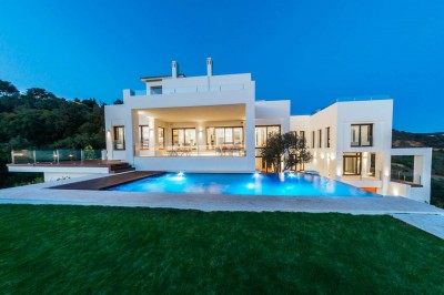 5 Bedroom Detached Villa in Altos de los Monteros