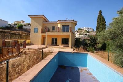 4 Bedroom Detached Villa in Riviera del Sol