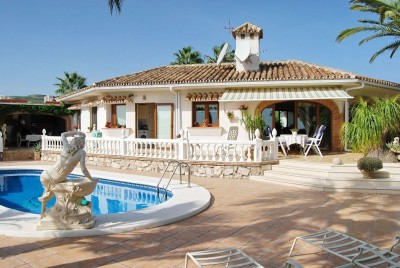 4 Bedroom Detached Villa in Cerros del Aguila