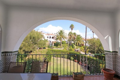 2 Bedroom Middle Floor Apartment in Torreguadiaro