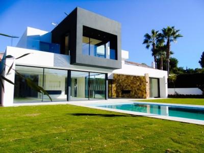 6 Bedroom Detached Villa in Nueva Andalucía